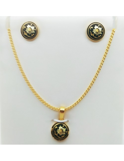 MEDALLION and EARRINGS SET...