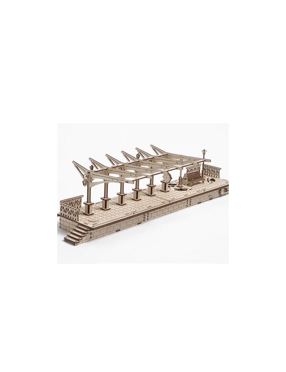 Locomotora de vapor con Andén y Raíles